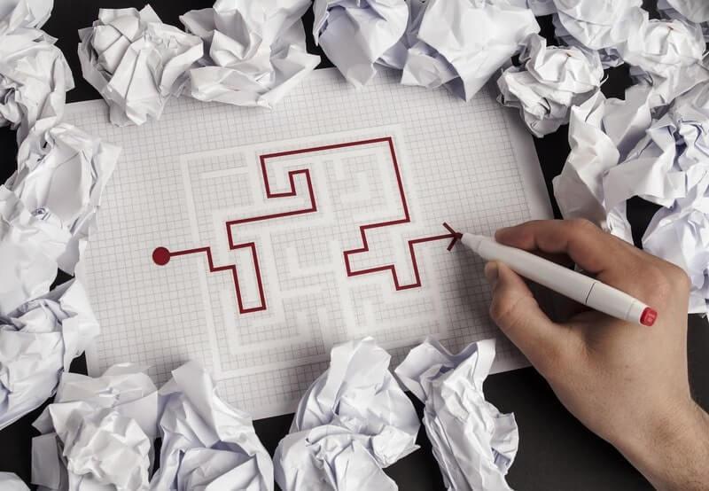 Лабиринт ручка бумага