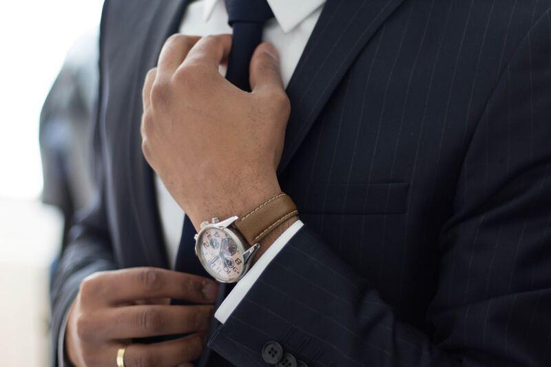 Костюм часы галстук
