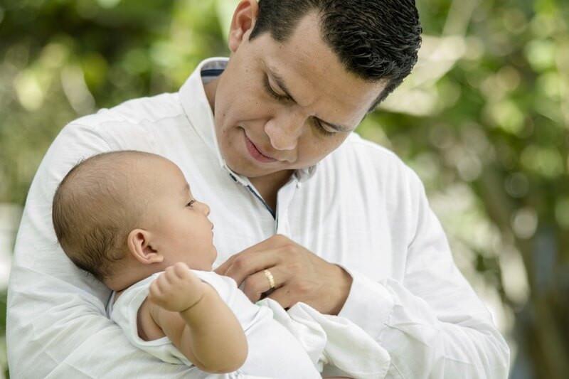 Отец ребенок семья